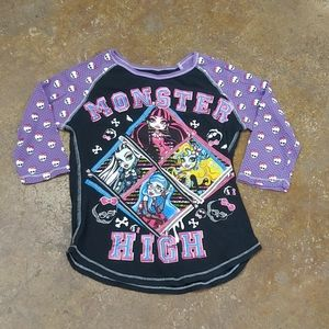 5/$10🍑 monster high 3/4 sleeve shirt
